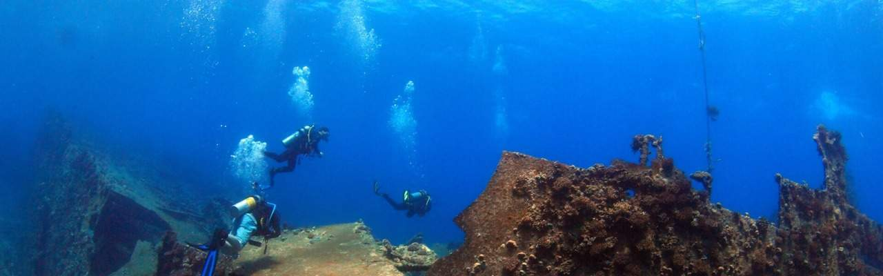 Wreck Diving In Egypt ; Abu Nuhas